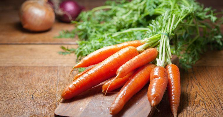 Dit is de reden dat we oranje worteltjes hebben